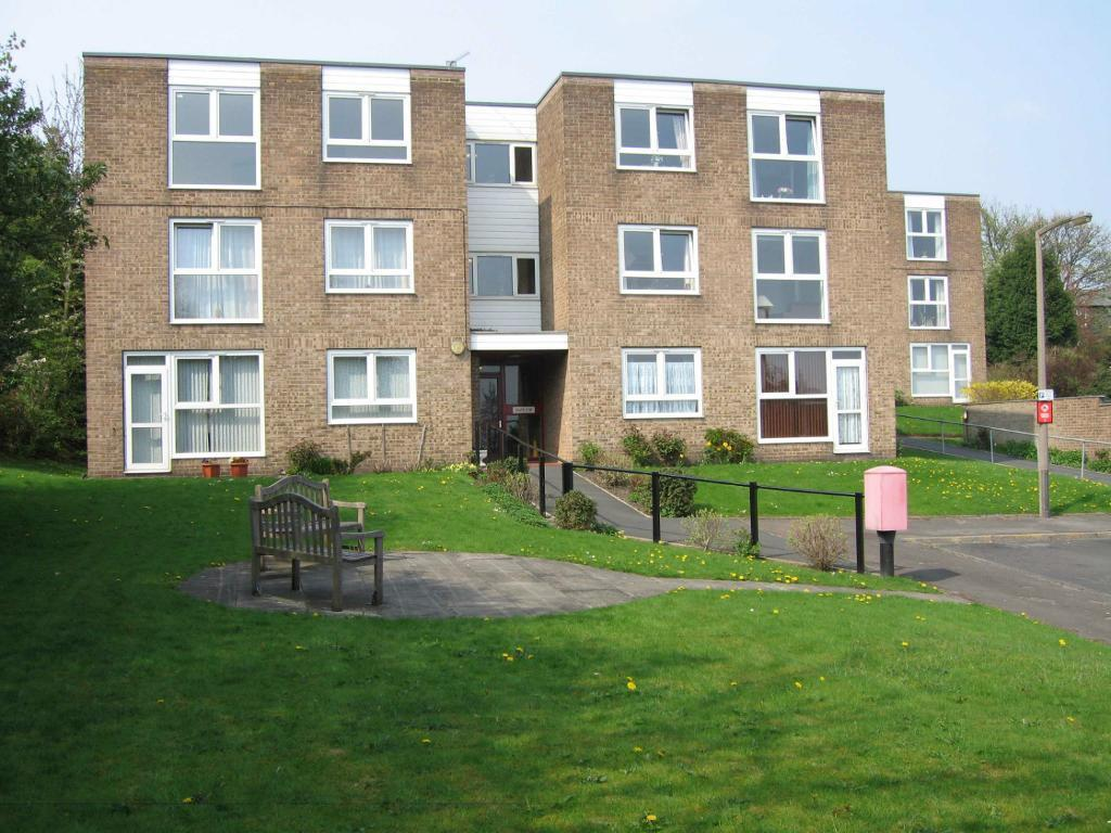 2 Bed Ground Floor Flat Available To Rent Near Bri