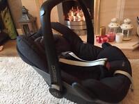 Maxicosi pebble baby car seat