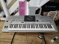 Yamaha PSR-S900 Arranger Keyboard