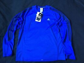 2 new Adidas sport tops – Size Large