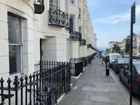 SB lets are delighted to offer this spacious 1 bedroom flat just off Western Road in central Hove.