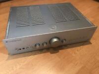 Cambridge integrated amp Azur540A