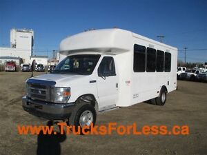2010 ford E-450 4X4, 16 PASSENGER BUS!!!
