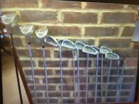 Knight Golf Clubs X 12. R/H Men's, hardly used. Perfect Xmas Present!!