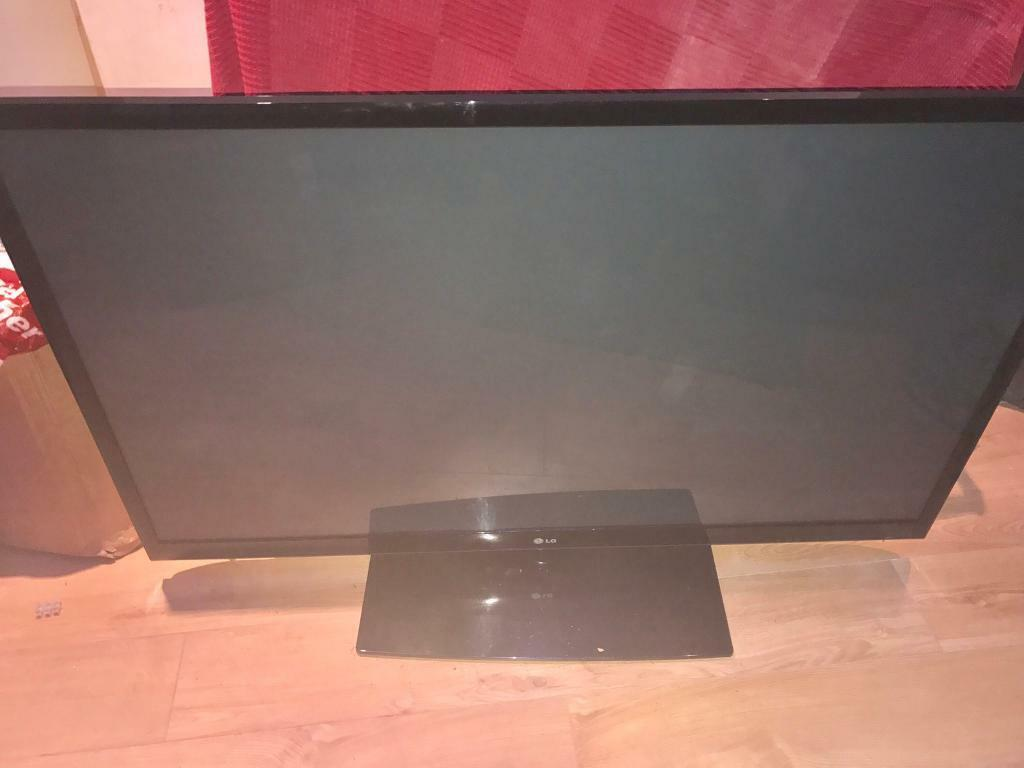 "LG 60"" tv with stand & remote"