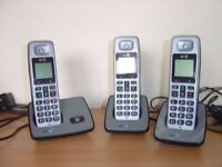 Digital Cordless Phone Set Three handsets and User guide