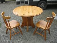 MODERN SOLID PINE ROUND TABLE & 2 CHAIRS. STURDY SET. VIEWING/DELIVERY AVAILABLE