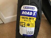 Michelin Road 5 - Set - Brand New