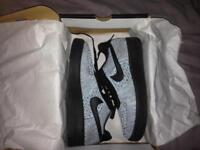 Air Force 1 flyknit size 8