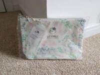 Brand new Liz Earle cosmetics makeup bag