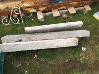 4 concrete lintels