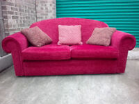 Red fabric sofa 3 seater settee in very good condition / free delivery