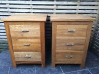 Superb quality solid English oak bedside cabinets, pristine condition, can deliver