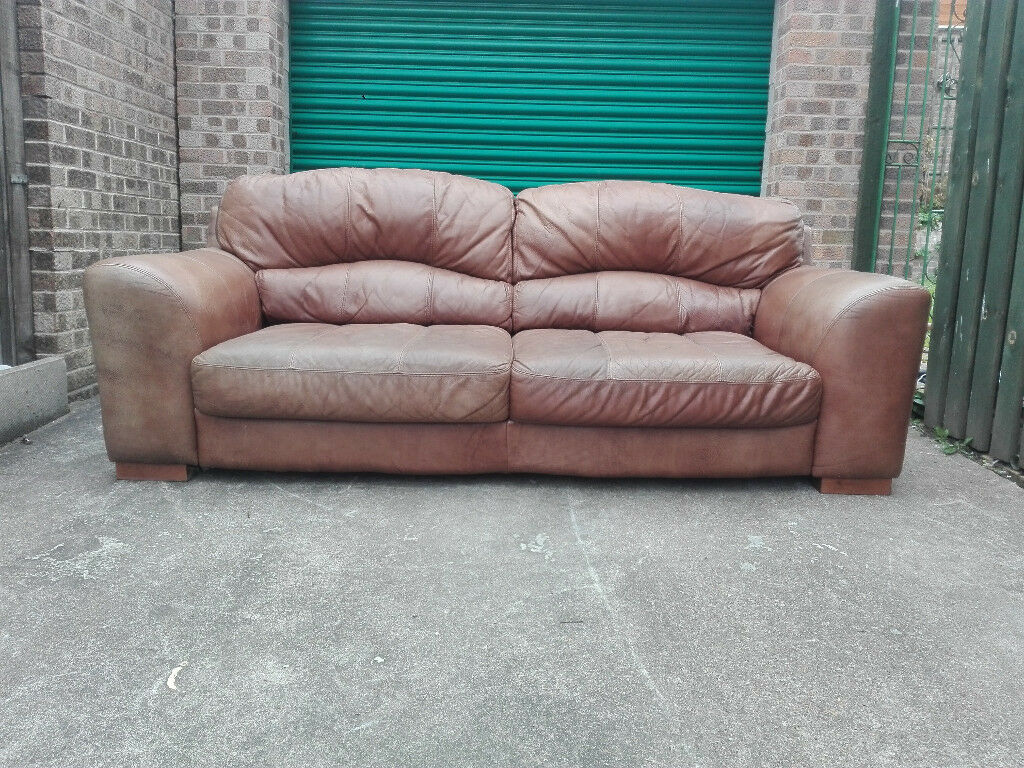 Leather tan brown 3 seater settee sofa in very good condition / free delivery