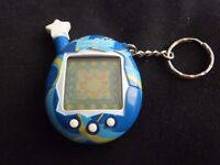VINTAGE TAMAGOTCHI PWO CLEAN AND TIDY