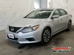 Nissan Altima 2.5 SV Toit Ouvrant A/ MAGS 2017