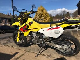 Suzuki DRZ400sm for sale, excellent condition. New chain and sprockets fitted recently