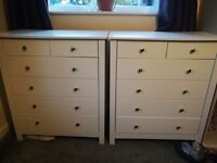 2 white chest of drawers