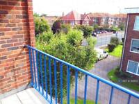 1 bedroom flat in Mill Road, Worthing, BN11 (1 bed)