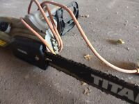 Excellent cheap electric chainsaw from Screwfix