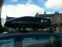 thule 200 roof box with bars