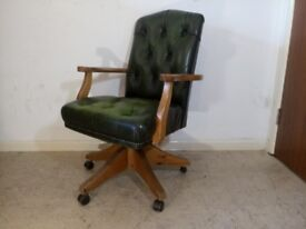 Green Leather Chesterfield Style Captains Swivel Office / Desk Chair