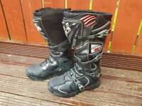 FOX TECH 5 MOTOCROSS BOOTS, MX, TRIAL, SUPERMOTO