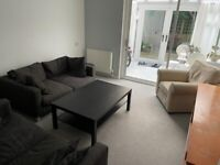 Large ensuite in Kilburn