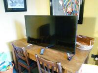 "SHARP AQUOS NET+ 43"" Smart TV"