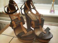 Club Heeled Brown Sandals
