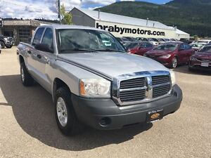 2005 Dodge Dakota SXT Quad Cab