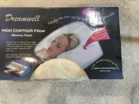 Dreamwell high contour memory foam pillow