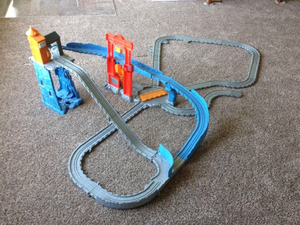 Thomas the tank The Great Quarry Climb with extra track pack