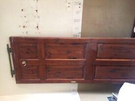 Wooden pine door