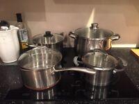 4 Sauce Pans