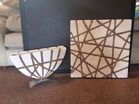 Stone effect vase and matching wall art (£30 ono)