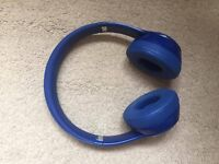 Beats Solo 2 Wireless Headphones Blue