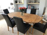 Beautiful Extendable dining table
