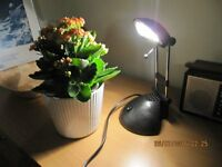 DESK LIGHT, Extendable/retractable stand, LED bulb, swivel head