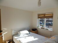 Excellent one bedroom furnished modern apartment for rent (near Hounslow/Southall/Heathrow)