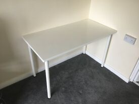 IKEA -LINNMON/ADILS- table