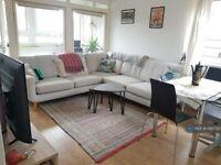 1 bedroom flat in Stuttle House, London, E1 (1 bed) (#1097725)