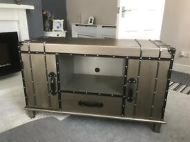 Bristol chest tv/video unit