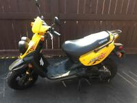 2009 Yamaha scooter