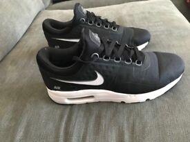 Nike Air Max Zero - Men's Size 7