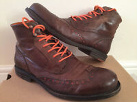 Mens Levis Maine Light Brown Lace Up Boots, Boot Size 42/8
