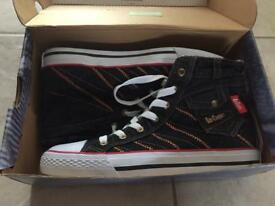 Lee Cooper Shoes Size 46