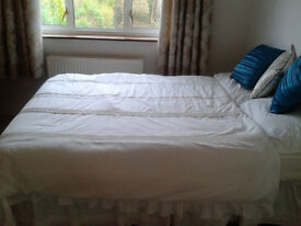 Immaculate Double Room - Prime Location