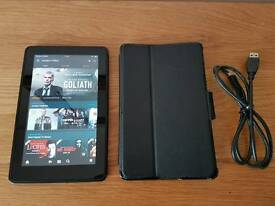 "Kindle Fire Tablet DO1400 8gb, 7"" screen, case"