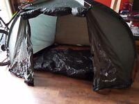 Dunlop fishing shelter 20 pounds